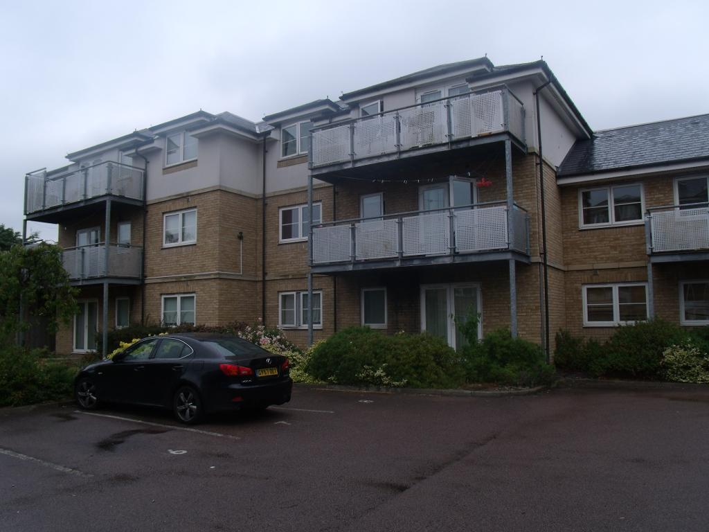 Lockwood Place, Chingford, London, E4 9AD