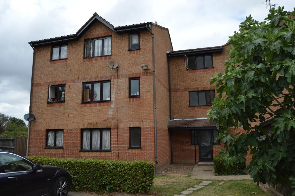 Cobbett Close, Enfield, London, England, EN3 6QT