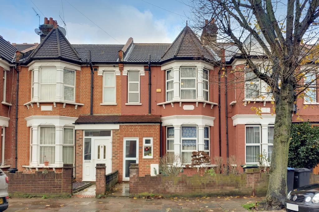 Shrewsbury Road, Bounds Green, London, UK, N11 2LH